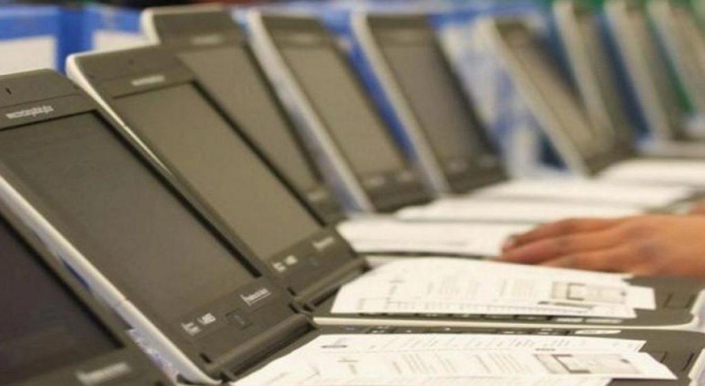 El Gobierno comprará 70.000 notebooks para reducir la brecha digital