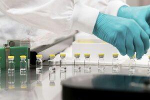 Europa espera una decisión sobre el uso de la vacuna Johnson &Johnson