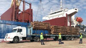 Los trabajadores portuarios acordaron un aumento salarial en paritarias