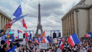 Francia: detenciones en las marchas contra el pase sanitario