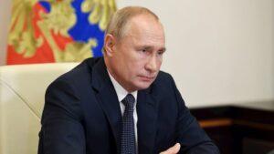 Putin debió aislarse por el coronavirus